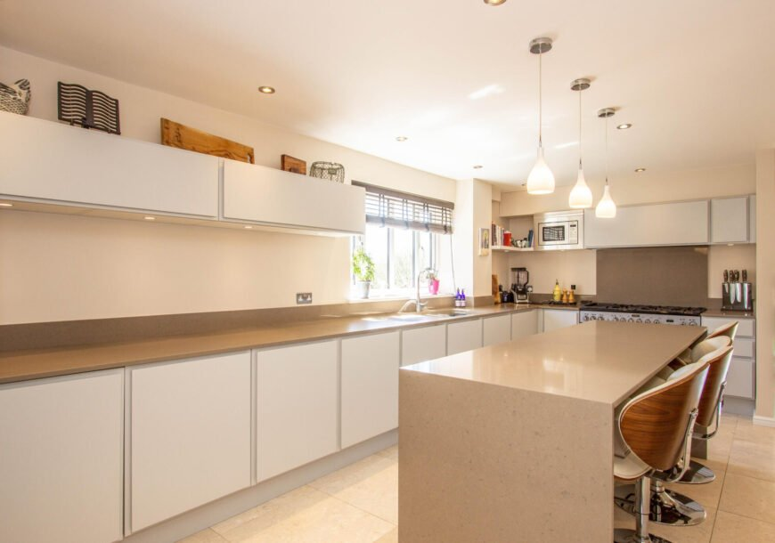 Approved Used Kitchen, Large Painted, Utility, Wiltshire