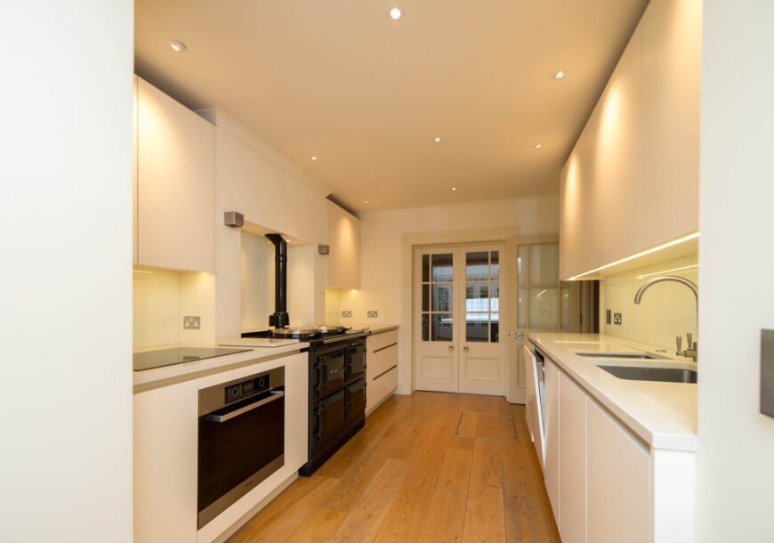 Approved Used Kitchen, Roundhouse Modern Handleless, Miele/Quooker Appliances, London