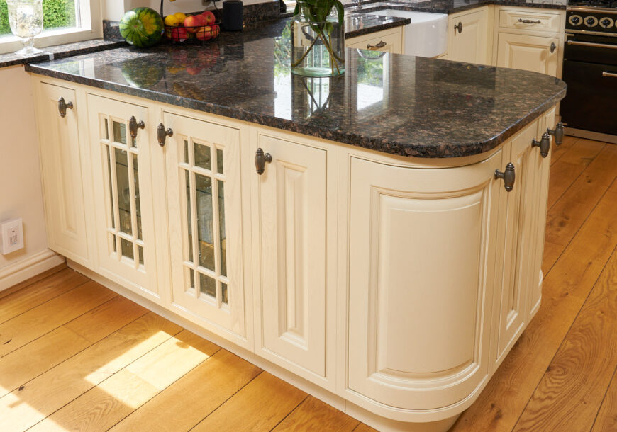 Approved Used Kitchen, Classic In Frame Shaker, Falcon Range Oven, Lancashire