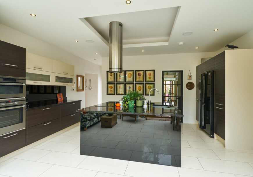 Approved Used Kitchen, Large Contemporary, Lancashire