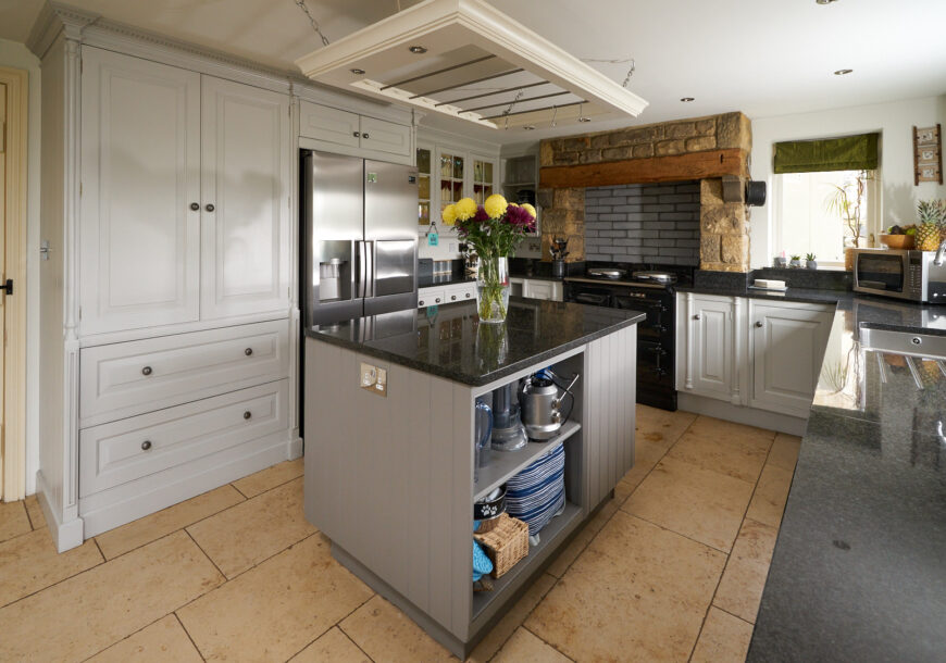 Approved Used Kitchen, Large Smallbone of Devizes, North Yorkshire