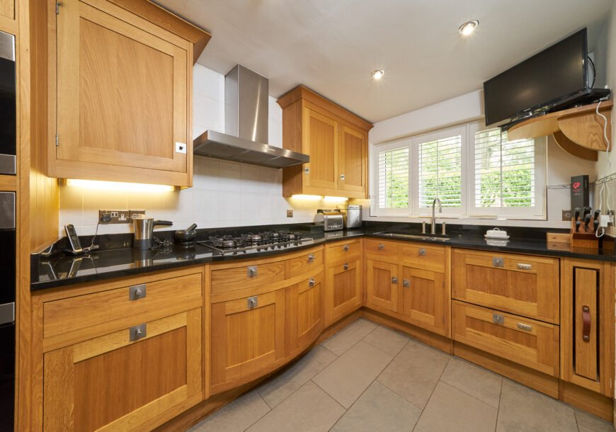 Approved Used Kitchen, Smallbone of Devizes Shaker, Fisher & Paykel/Miele Appliances, Cheshire