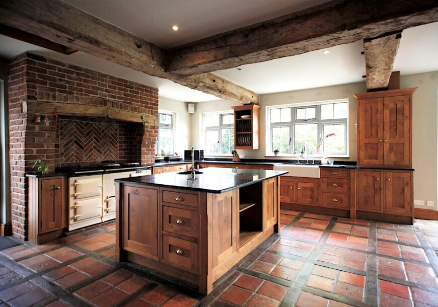 Approved Used Kitchen, Large In Frame, English Oak...