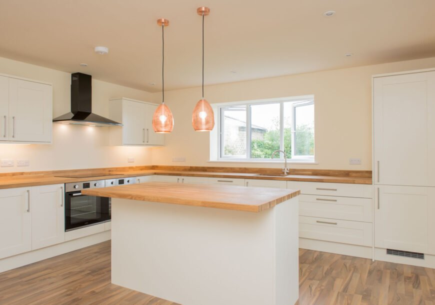 Approved Used Kitchen, Howdens Shaker, Cambridgesh...