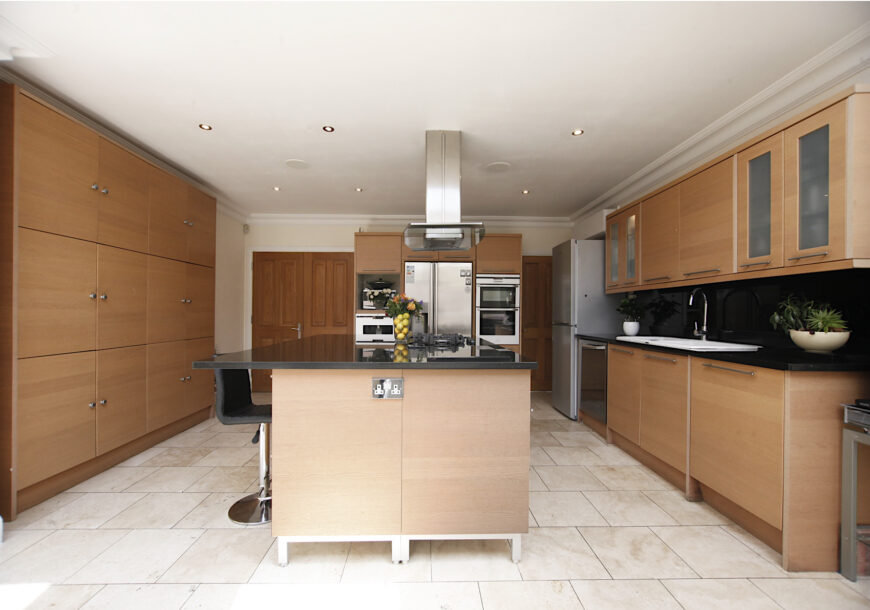 Approved Used Kitchen, Large Magnet, AEG Appliances, Essex