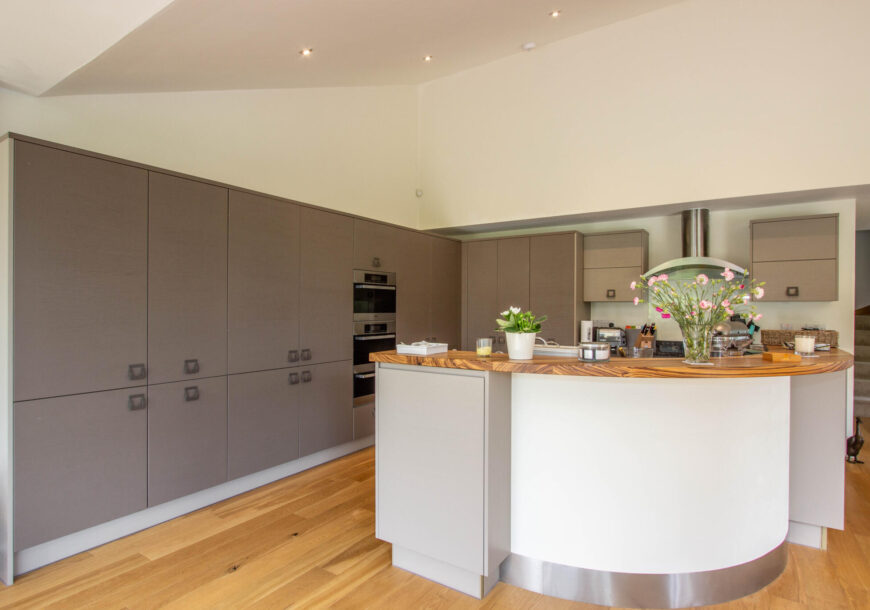 Approved Used Kitchen, Mereway Cucina Colore, Miele/NEFF Appliances, Somerset