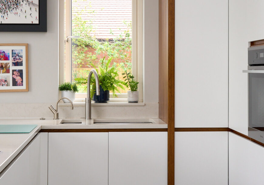 Approved Used Kitchen, Modern Handleless, Cheshire