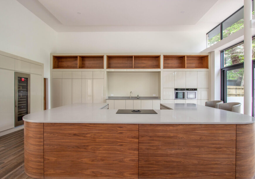 Approved Used Kitchen, Very Large Modern Gloss, Dorset