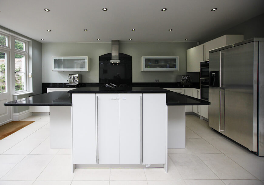 Approved Used Kitchen, Miele Modern, London