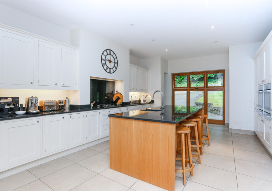 Approved Used Kitchen, Large In Frame, Surrey