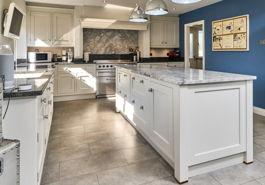 Approved Used Kitchen, Large Martin Moore, Dresser...