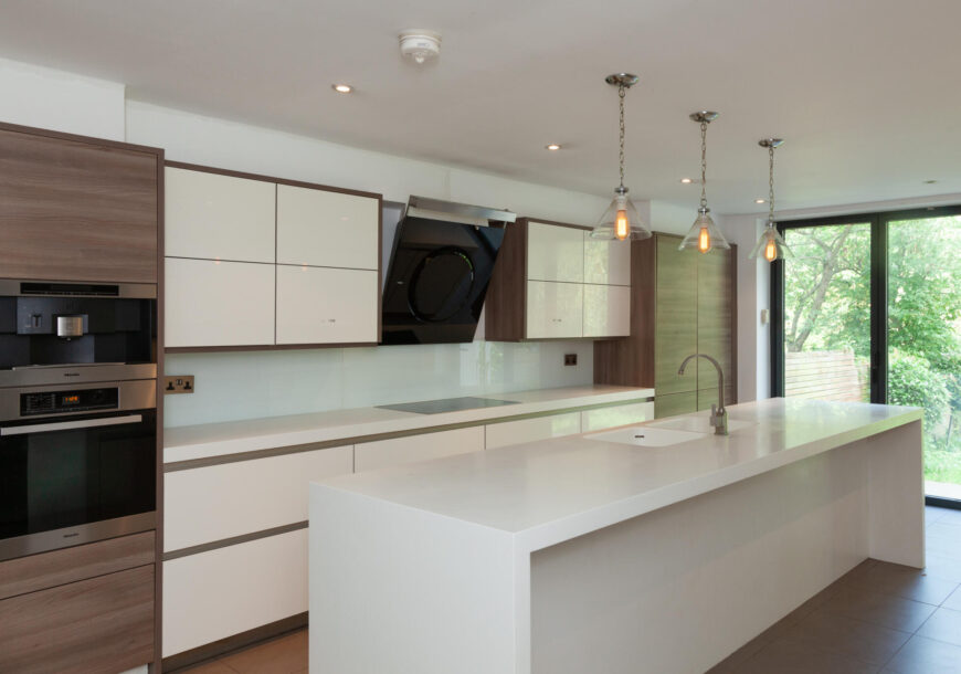 Approved Used Kitchen, Large Modern Handleless, Mi...