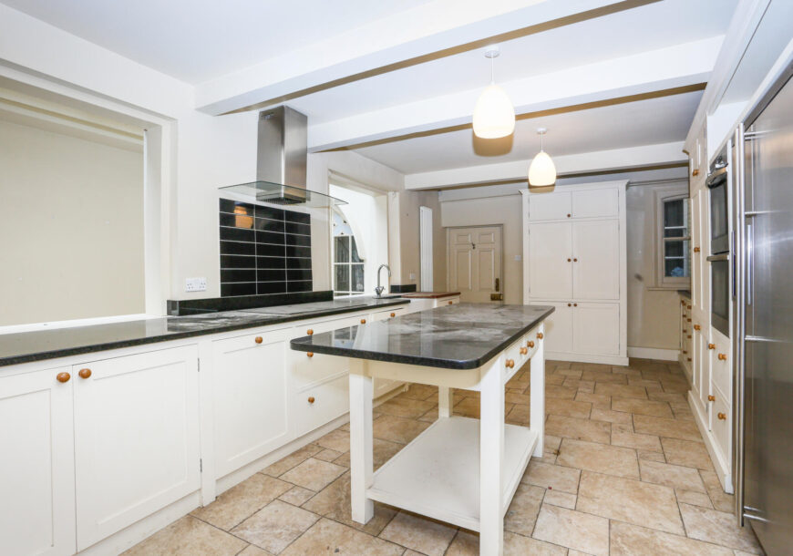 Approved Used Kitchen, Large Painted In Frame, West Sussex