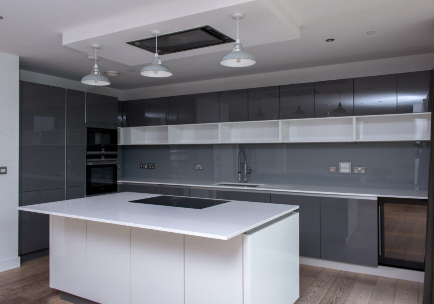 Approved Used Kitchen, Nolte German Gloss, Cambrid...