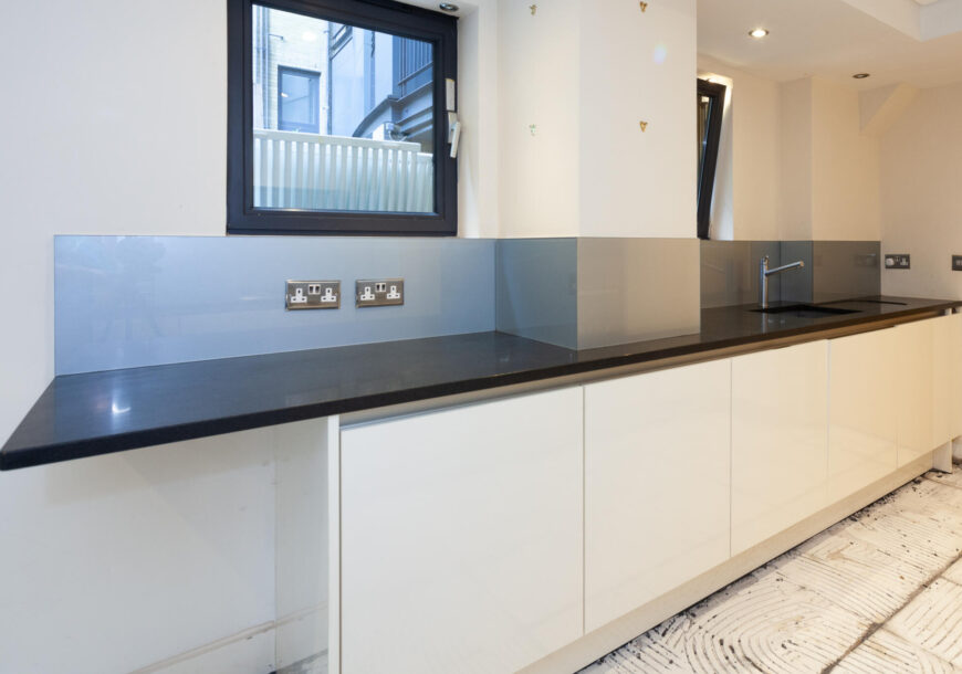 Approved Used Kitchen, SieMatic (German) Handleles...