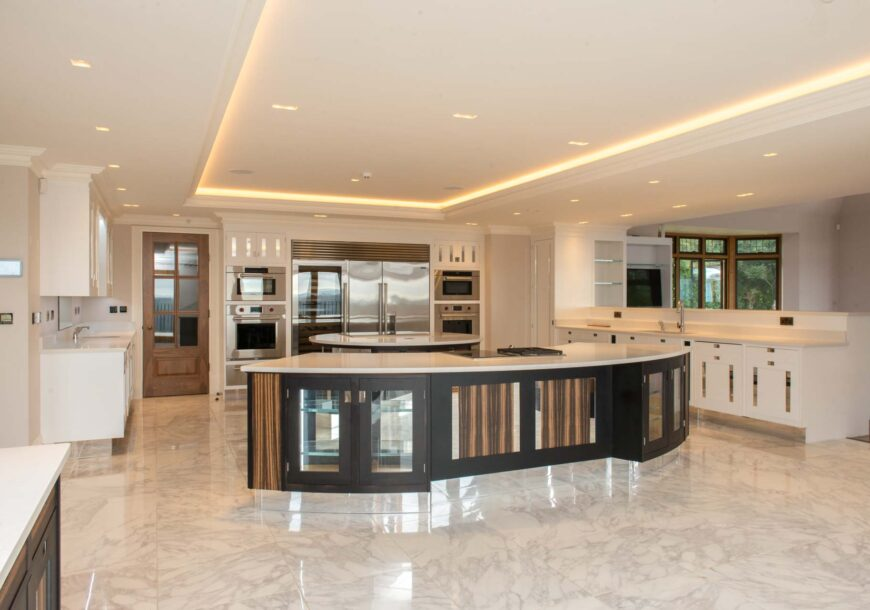 Approved Used Kitchen, Very Large Smallbone Macass...
